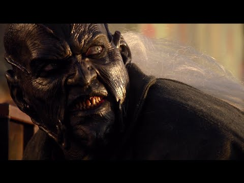 Jeepers Creepers 3 - Creeper Smelling Piss/Biker Death Scene HD 1080p