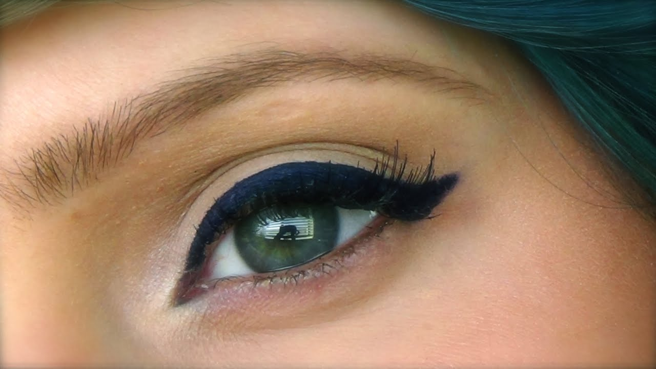 Colored Eyeliner Trend