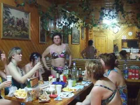 частное видео пьяных русских баб в бане про ягоды
