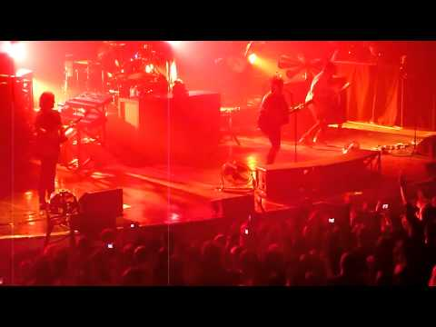 Meteor Club Tour - Paris Grand Rex 29/01/2011 - Intro + Electrastar + Dancetaria