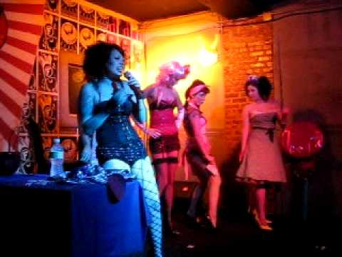 Sheila hafsadi burlesque