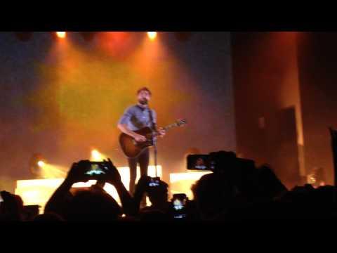 Passenger - Life's For The Living (Live in Milan 24/10/2014)
