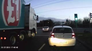 Bad Lorry Driver UK - Near Miss