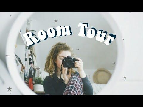 Room Tour 2017!! // attic room