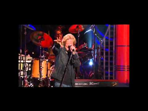 Hall & Oates - Live In Concert - 01 - Maneater (HQ).mp4