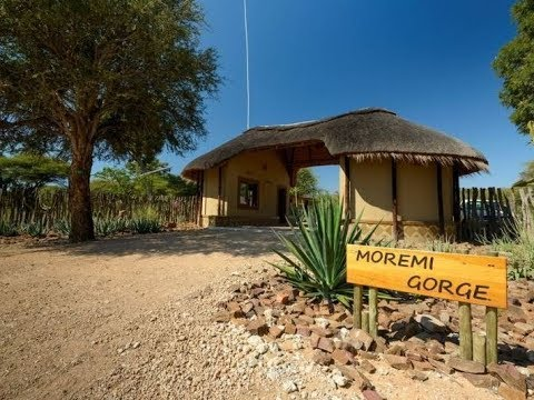 GOO MOREMI GORGE BOTSWANA | Complete 2-Day Trip | Chalet | Waterfall | Activities