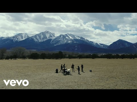 Dierks Bentley - Living
