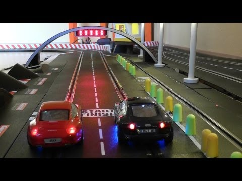 Audi R8 vs Porsche 911 – One Battle – 25 Runden – Carrera Bahn Digital Slot 1:32