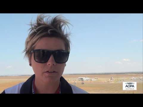 AOPA Australia chats to ATC at the Avalon Airshow