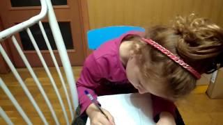Учимся рисовать. Беременная женщина с коляской. Уроки от Варвары.