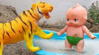 Em bé, bạn hổ, cá sấu và đội trưởng Mỹ hài hước - đồ chơi trẻ em FMC T1T