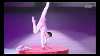 Repeat youtube video Chinese Circus   Amazing Contortionist Performance