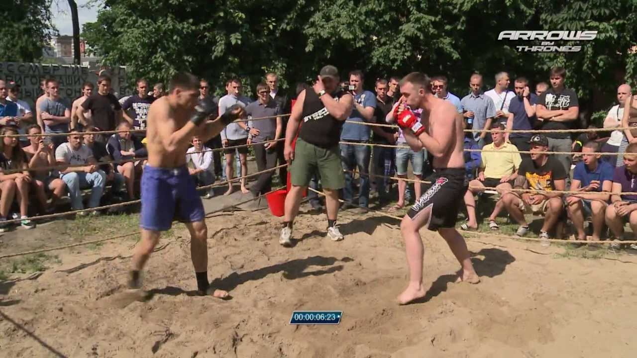Чемпион мира против случайного бойца без правил