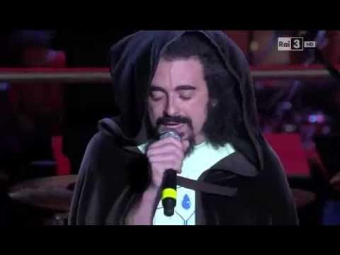 Non siete Stato Voi & Goodbye Malinconia - Caparezza - Concerto Primo Maggio 2011 parte 1/3