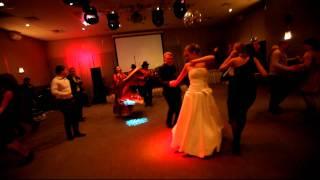 Цыгане на свадьбе моей дочери.avi(Какая свадьба без цыган? Выступление цыганского ансамбля - подарок от руководителей отеля
