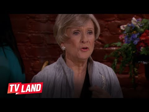 Hot in Cleveland: Mary Tyler Moore Reunion