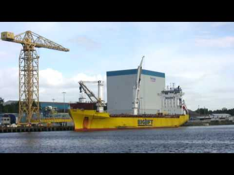 BigLift Ship Happy Ranger arrives on the River Tyne 9th August 2016