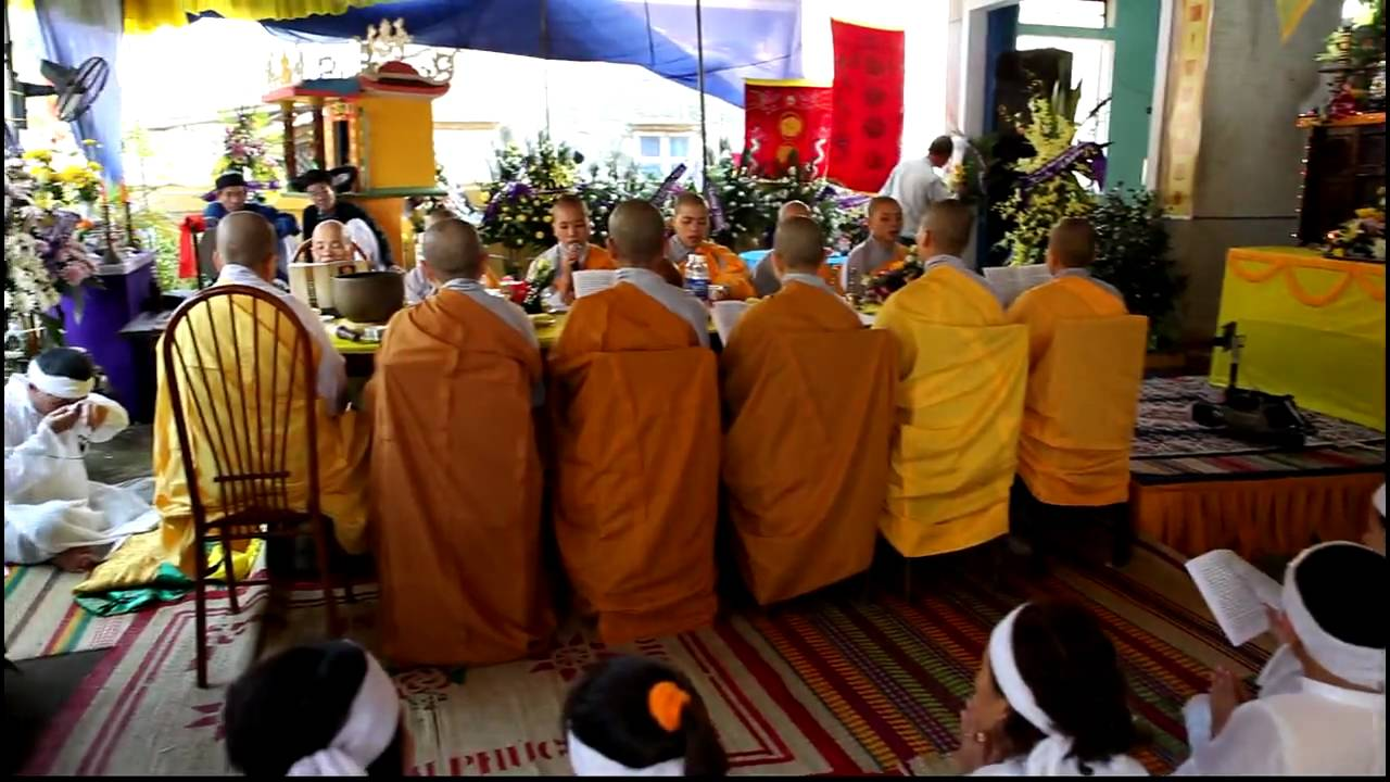 funeral rituals chinese theravada buddhists essay Essay, research paper: buddhism buddhism and theravada buddhism the first part is mahayana being carried on a funeral pyre.