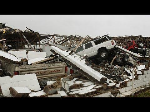Refineries offline, price gouging in wake of Hurricane Harvey