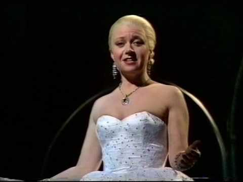 Elaine Paige - Don't Cry For Me Argentina