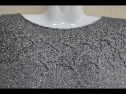 Вязаное платье из твида спицами