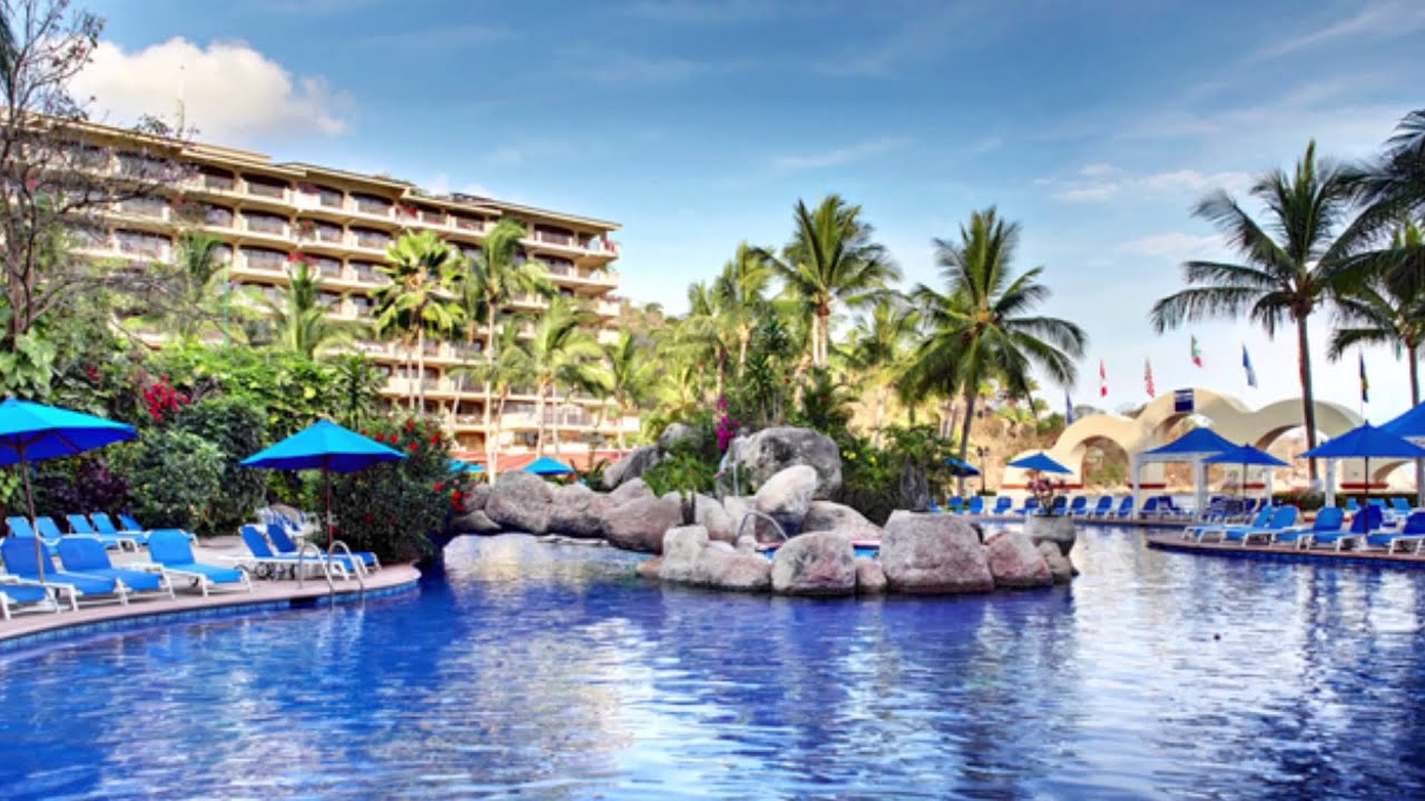 Top 10 mexico all inclusive resorts barcelo puerto for Top 10 all inclusive