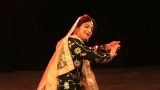 aaj jane ki jid na karo dance on ghazal by v anuradha singh