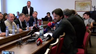 NAŽIVO: Na výbore pre obranu a bezpečnosť informuje Kaliňák o vražde novinára