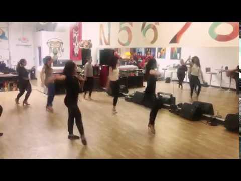 Despacito Version Salsa  LV Movement