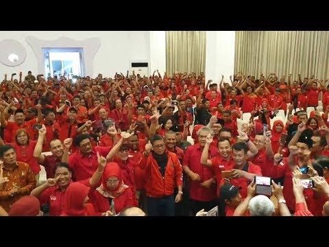 Hasto, Yasonna, Dan Djarot Goyang 'Jokowi 1 Kali Lagi' Di Deli Serdang