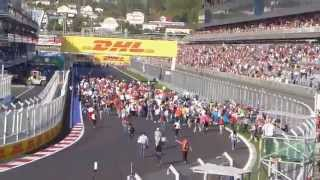 Формула 1 Сочи 2015 Народ Ломится на Трассу ! Смотреть Онлайн Гонка Видео