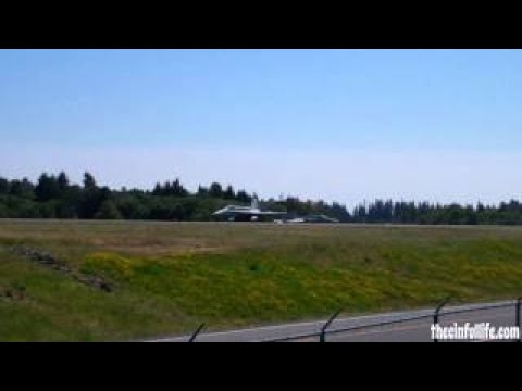 Marine Jetfighters Save Luftwaffe Day At Paine Field!!! (8.11.12)