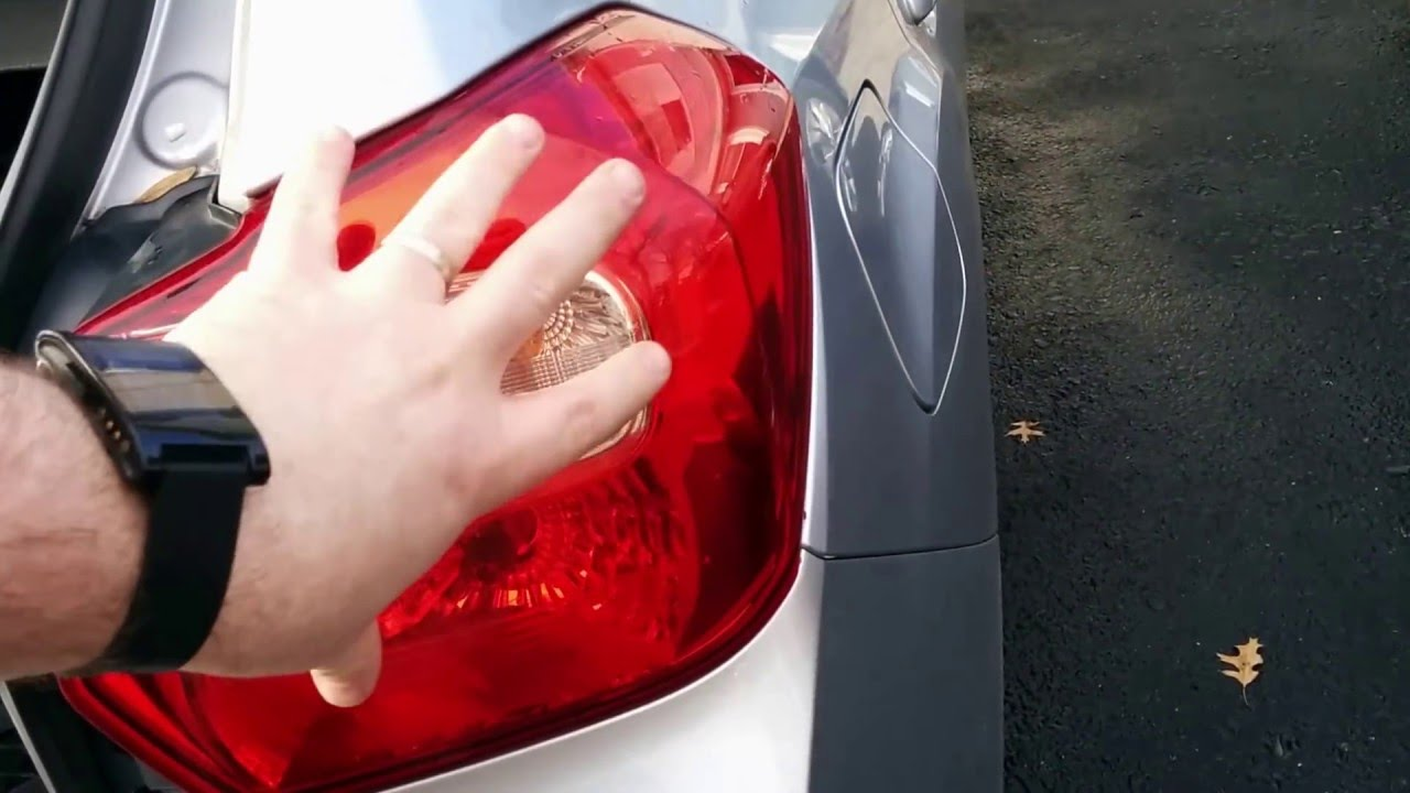 2012 2015 Subaru Impreza Hatchback Tail Light Bulb Change