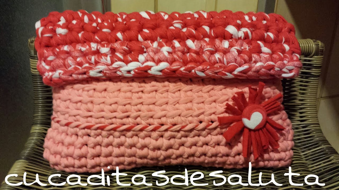 Bolso de mano a crochet tutorial diy trapillo for Bolsos de crochet de trapillo