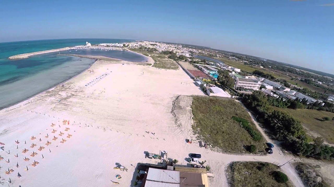 Spiaggia del salento torre san giovanni marina di ugento youtube - Torre specchia spiaggia ...