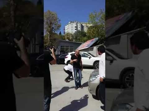 Нарик покупает тачку у армян