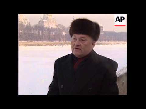 RUSSIA: MOSCOW: RING OF STEEL SURROUNDS CITY