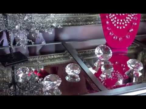 Room tour.Makeup, vanity room decoration.Idea how to decorate a hot pink room .