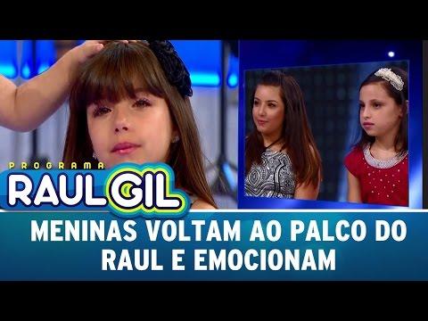 Meninas voltam ao palco do Raul e emocionam | Programa Raul Gil (08/04/17)
