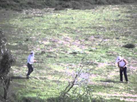 اعتدائات المستوطنين على قريه جيت 22/2/2014 .