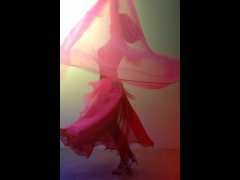 Уроки восточных танцев. Танцевальные движения с платком