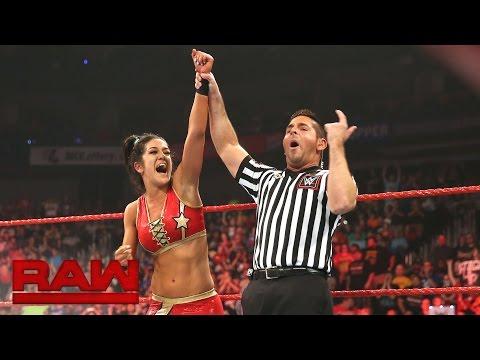 Bayley vs. Charlotte: Raw, Sept. 5, 2016