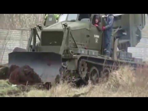 Военная инженерная техника для рытья окопов и траншей