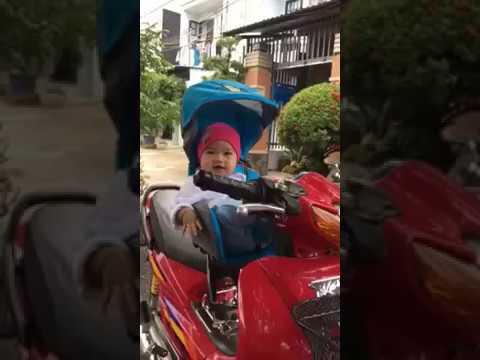 Feedback - Mẹ Và Bé Trải Nghiệm Ghế Ngồi Xe Máy Beesmart