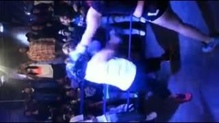 Foxy boxing at Link Bar (lashane vs asia)