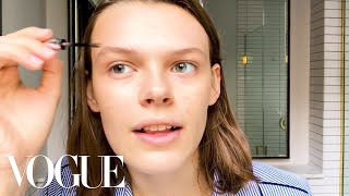 Cara Taylor's Guide to Model Makeup-And Fighting Fashion Month Fatigue | Beauty Secrets | Vogue