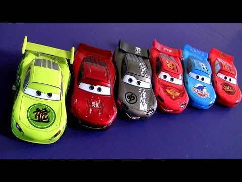 Cars 2 McQueen-O-Rama 5-pack Dragon EXCLUSIVE Silver Hot Rod Lightning McQueen Disney Pixar