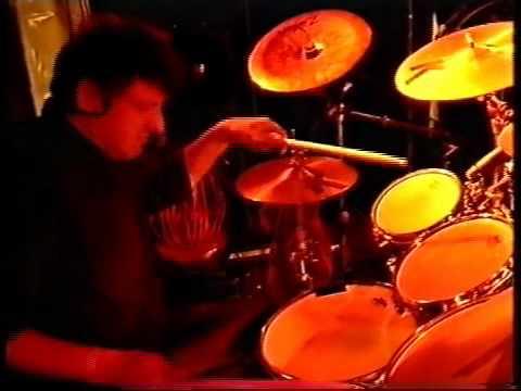 Thomas Hupp & Chakra - Radri Aguné - Drum Solo  in 11/4