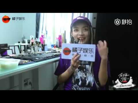 """The Rap of China/中国有嘻哈: An interview with Vava """"I may as well choose TT"""" (ENG SUB)"""
