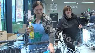 ČR - obchod - lidé - charita - Národní potravinová sbírka - nakupování - potraviny